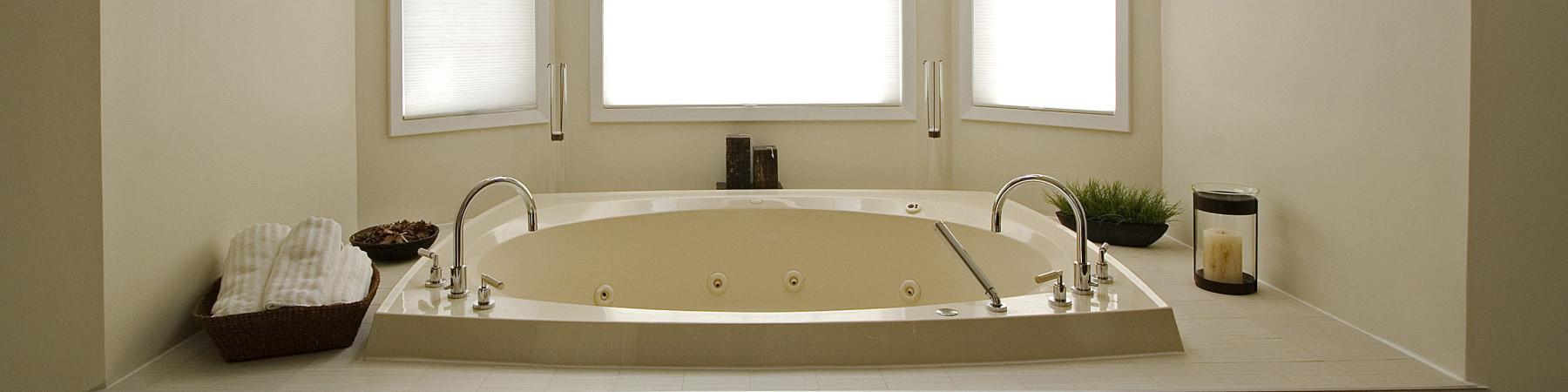 Lekkage in de badkamer? Met een polyester badkamer vloer niet...