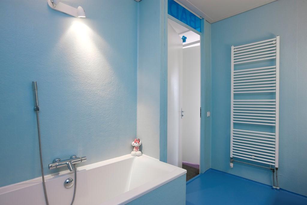 Polyester Badkamer Muur : Zelf badkamer waterdicht stucen: beton cire zelf aanbrengen: tips