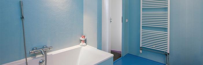 polyester badkamer