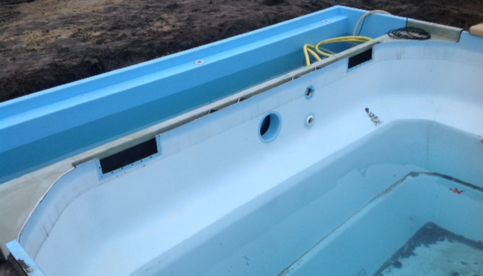 reparatie polyester zwembad